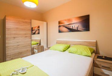 SPLIT, Iznajmljujem dugoročno stan u Splitu u zgradi – NIJE AGENCIJA